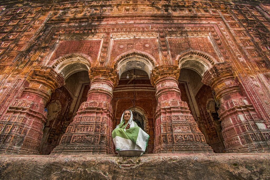4-е місце: Храм Панча Ратна Говінда, Путхія, округ Раджшахі, Бангладеш.